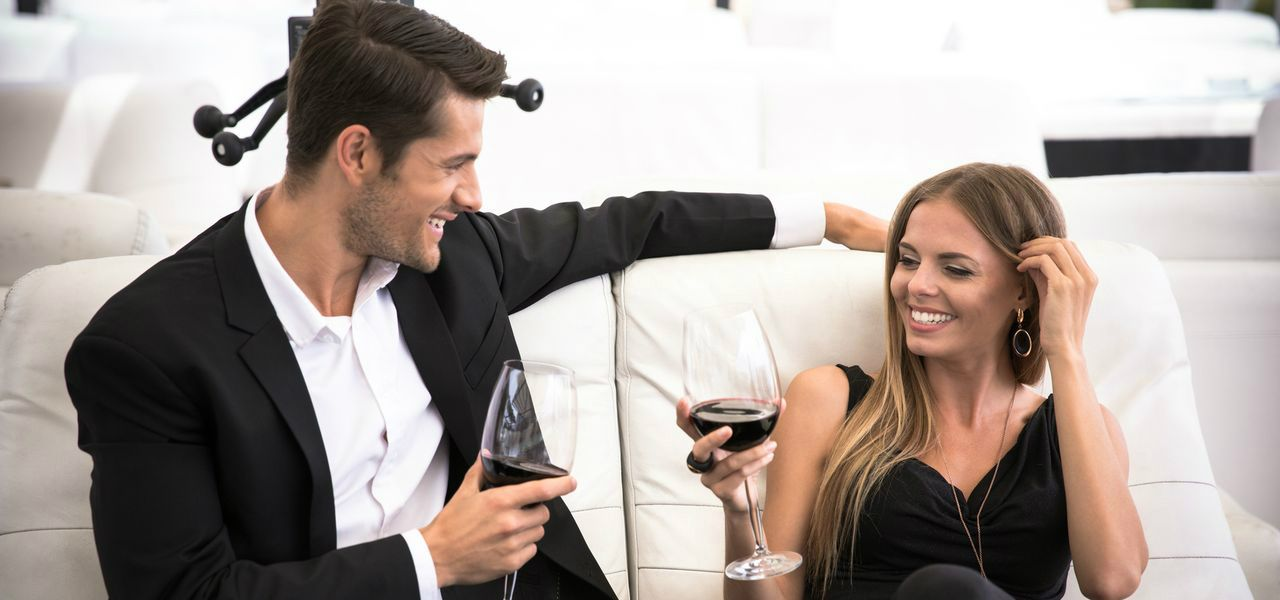Online dating etiquette first message sent by telegraph