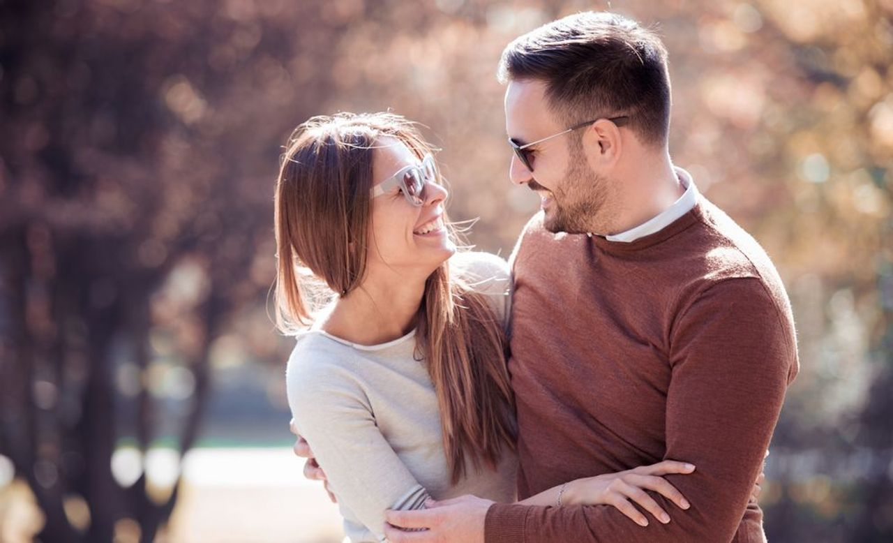 Top Signs That Your Online Partner Is Married
